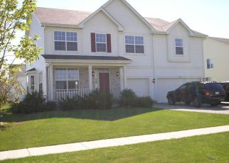 Pre Foreclosure in Round Lake 60073 W CALDWELL DR - Property ID: 1341821531