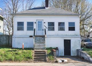 Pre Foreclosure in Louisville 40215 BLUEGRASS AVE - Property ID: 1341871908