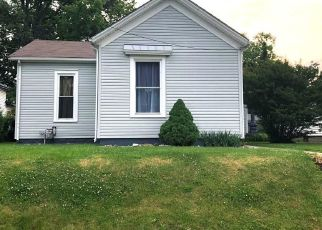 Pre Foreclosure in Jeffersonville 47130 FULTON ST - Property ID: 1341963437