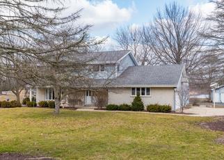 Pre Foreclosure in Bristol 60512 BRISTOL RIDGE RD - Property ID: 1341991916
