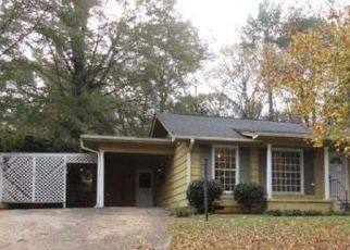 Pre Foreclosure in Birmingham 35215 REDCLIFF RD - Property ID: 1342068104