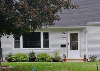 Pre Foreclosure in Cedar Rapids 52402 29TH ST NE - Property ID: 1342151773