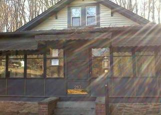 Pre Foreclosure in Greenville 29609 DAVIDSON RD - Property ID: 1342578347