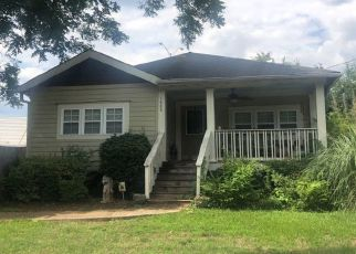 Pre Foreclosure in Atlanta 30344 WADLEY AVE - Property ID: 1342667705