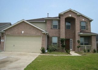 Pre Foreclosure in Cypress 77433 CRESTBROOK MANOR LN - Property ID: 1342995300