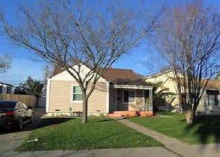 Pre Foreclosure in Sacramento 95815 EL CAMINO AVE - Property ID: 1343239699