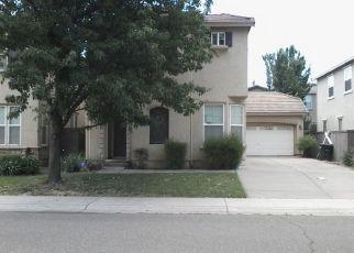 Pre Foreclosure in Sacramento 95833 W RIVER DR - Property ID: 1343368906