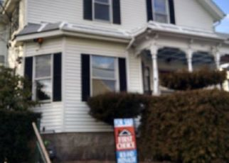 Pre Foreclosure in Fall River 02724 BOWEN ST - Property ID: 1343648318