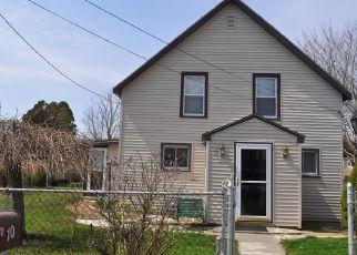 Pre Foreclosure in Fairhaven 02719 WEEDEN PL - Property ID: 1343649643