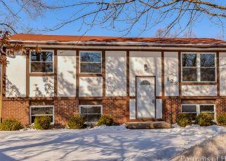 Pre Foreclosure in Bolingbrook 60440 GROVE CT - Property ID: 1343717523