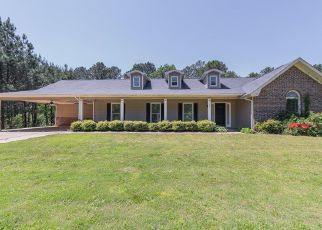 Pre Foreclosure in Smiths Station 36877 LEE ROAD 21 - Property ID: 1344046892
