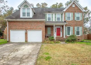 Pre Foreclosure in Chesapeake 23322 COUNTRY CLUB BLVD - Property ID: 1344495363