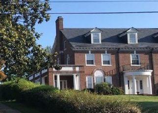 Pre Foreclosure in Roanoke 24015 GRANDIN RD SW - Property ID: 1344502817