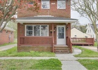 Pre Foreclosure in Portsmouth 23704 CENTRE AVE - Property ID: 1344573316