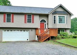 Pre Foreclosure in Catawba 24070 UPPER CRAIGS CREEK RD - Property ID: 1344593919