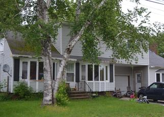 Pre Foreclosure in Auburn 04210 FLANDERS ST - Property ID: 1344674946