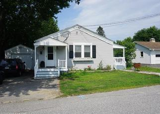 Pre Foreclosure in Lewiston 04240 HIGHLAND AVE - Property ID: 1344683246