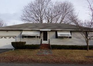 Pre Foreclosure in Methuen 01844 ANNETTE ST - Property ID: 1344767792