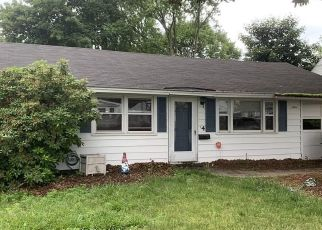 Pre Foreclosure in Lawrence 01843 CHAPIN ST - Property ID: 1344775673