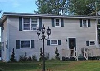 Pre Foreclosure in Raymond 04071 PLUMMER DR - Property ID: 1344840940