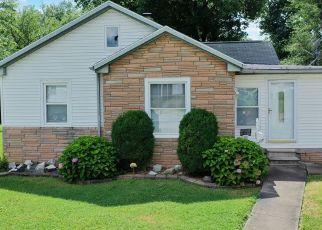 Pre Foreclosure in Evansville 47711 N SHERMAN ST - Property ID: 1344912759