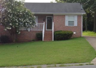 Pre Foreclosure in Nashville 37218 PHIPPS DR - Property ID: 1345068228