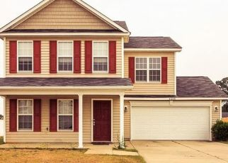 Pre Foreclosure in Fayetteville 28314 WINDFLOWER DR - Property ID: 1345158905