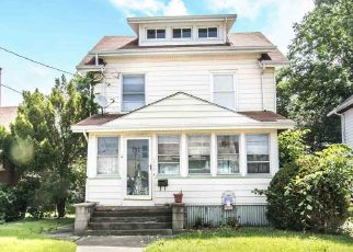 Pre Foreclosure in Peoria 61604 N BIGELOW ST - Property ID: 1345891628