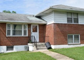 Pre Foreclosure in Parkville 21234 2ND AVE - Property ID: 1346058943