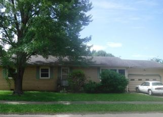 Pre Foreclosure in Independence 67301 CRESCENT DR - Property ID: 1346262143