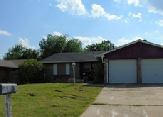 Pre Foreclosure in Lawton 73501 SE COACHMAN DR - Property ID: 1346282742