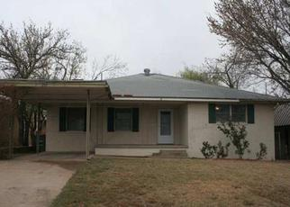 Pre Foreclosure in Lawton 73501 W GORE BLVD - Property ID: 1346353243