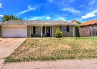 Pre Foreclosure in Lawton 73505 NW KIRKLEY PL - Property ID: 1346359379