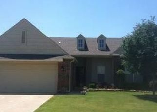 Pre Foreclosure in Broken Arrow 74014 E 44TH ST S - Property ID: 1346400100
