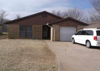 Pre Foreclosure in Lawton 73501 SW 14TH ST - Property ID: 1346425964