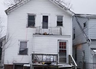 Pre Foreclosure in Toledo 43605 KINGSTON AVE - Property ID: 1346484193