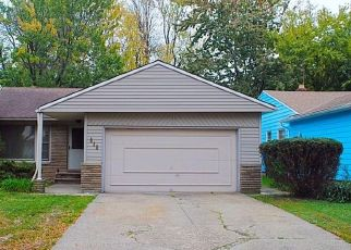 Pre Foreclosure in Cleveland 44121 CHELSTON RD - Property ID: 1346589764