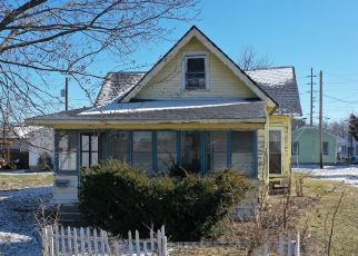 Pre Foreclosure in Indianapolis 46201 S DEARBORN ST - Property ID: 1346750941