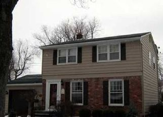 Pre Foreclosure in Buffalo 14224 SUNBRIAR DR - Property ID: 1347034295