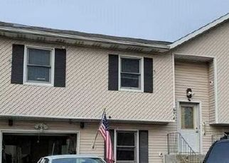 Pre Foreclosure in Lindenhurst 11757 N RICHMOND AVE - Property ID: 1347042177
