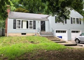 Pre Foreclosure in Norwalk 06854 CHARCOAL RD - Property ID: 1347259417