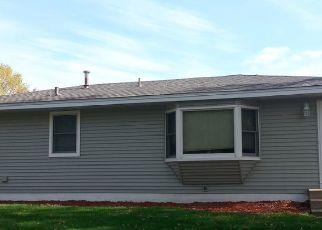 Pre Foreclosure in Minneapolis 55434 JEFFERSON ST NE - Property ID: 1347683373