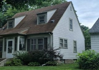 Pre Foreclosure in Minneapolis 55406 44TH AVE S - Property ID: 1347748190
