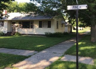 Pre Foreclosure in Slayton 56172 PINE AVE - Property ID: 1347752130