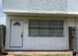 Pre Foreclosure in Miami 33161 NE 150TH ST - Property ID: 1348047781