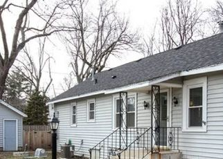Pre Foreclosure in Mchenry 60051 STUBBY AVE - Property ID: 1348170401