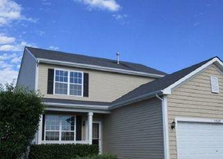 Pre Foreclosure in Harvard 60033 STONEY CREEK LN - Property ID: 1348174347