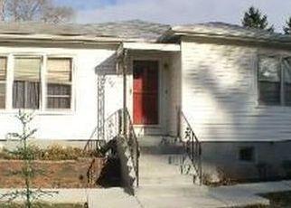 Pre Foreclosure in Fox River Grove 60021 CONCORD AVE - Property ID: 1348220782