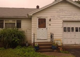 Pre Foreclosure in Chicopee 01013 WHITE ST - Property ID: 1348437572