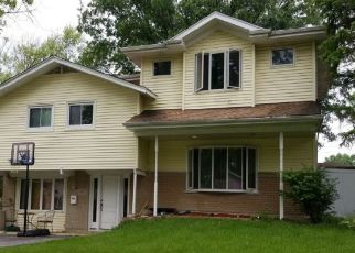 Pre Foreclosure in Oak Forest 60452 PARK AVE - Property ID: 1348803719